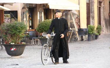 Spoleto, Don Matteo 13: via alle riprese. Location e anticipazioni